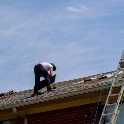 How Can You Tell If a Roof Needs to be Replaced?